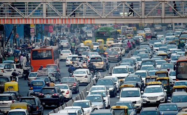 odd-even-delhi-pollution-traffic-cars-afp_650x400_61460743326