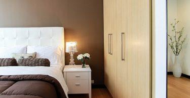 bed-in-bedroom