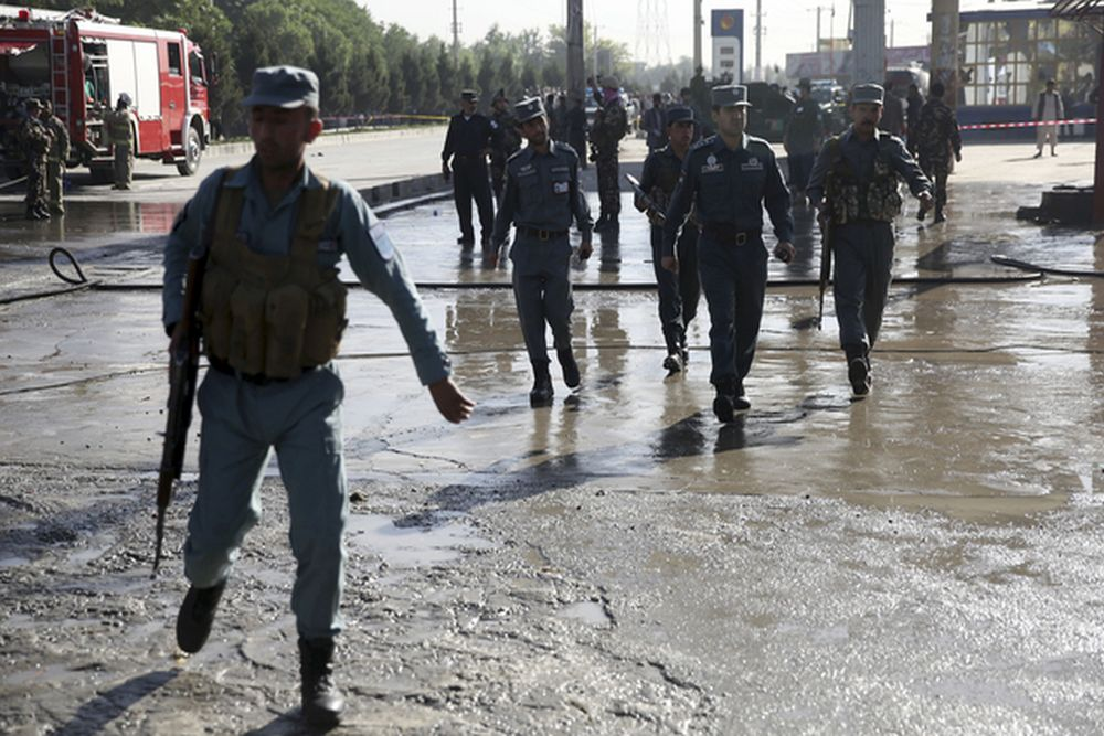 Militants attack Shiite mosque in Kabul