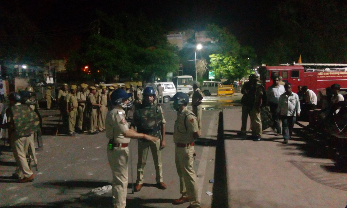 One dead in Jaipur clashes, curfew in parts of city
