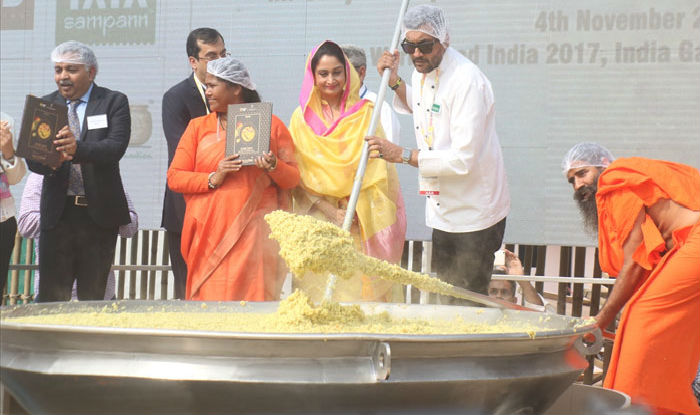 India cooks up world record with khichdi
