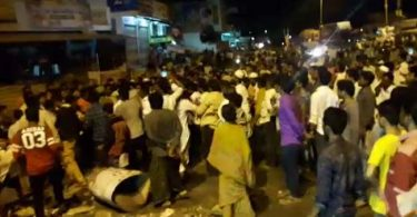Andhra Pradesh: After a 9-year-old Girl got molested, Mob Attacked the Police
