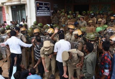 Anti-Sterlite protests LIVE updates: Fight won't stop till CM and DGP resign, says MK Stalin; 133 people arrested for indulging in violence