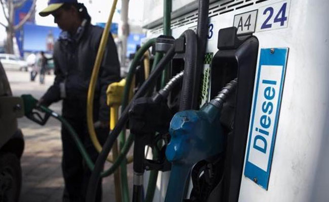 Here's why fuel should be brought under GST: Price per litre will drop by Rs 22 in Delhi, Rs 32 in Mumbai