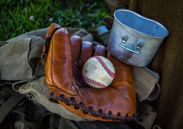 baseball-gloves